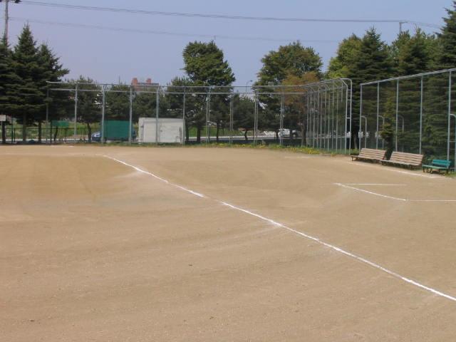 清田公園(近隣公園)野球場 テニスコート2面 歩くスキーコース]の画像4